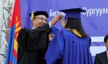 МУИС-ийг 2418 бакалаврын оюутан төгсөж мэргэжлийн диплом гардан авлаа